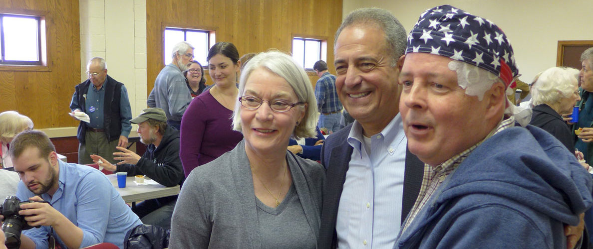 Russ Feingold at March 2016 Fond du lac Democrats Chili Koch off